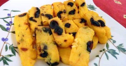 Farinha-de-Milho-Frita-com-Azeitonas