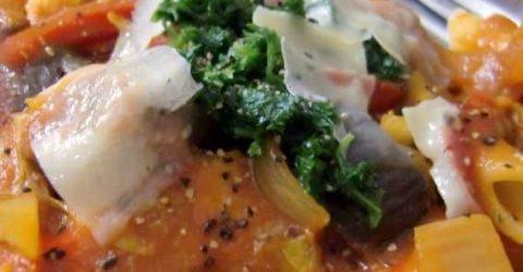 Macarrao-Tomates-Molho-Caril