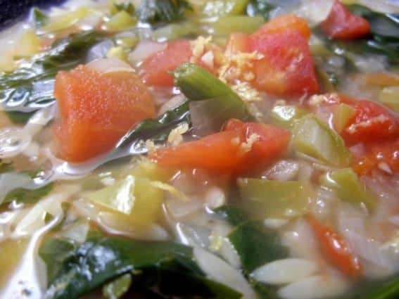 Sopa-de-Espinafres-Grega