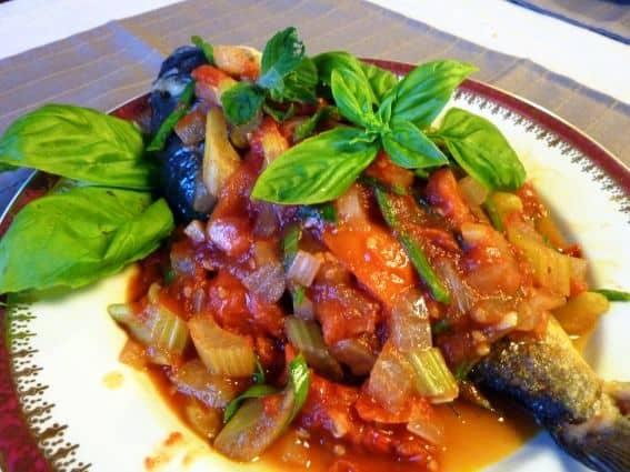 Peixe-Cambojano-com-Tomate-Picante