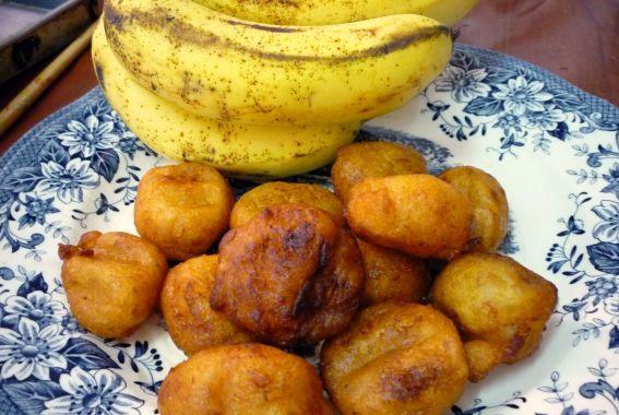 Bolas-Fritas-de-Banana