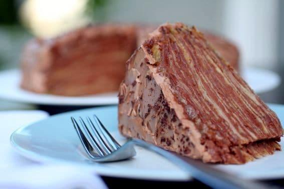 Bolo-de-Crepes-de-Chocolate