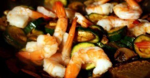 Legumes-Fritos-com-Camaroes